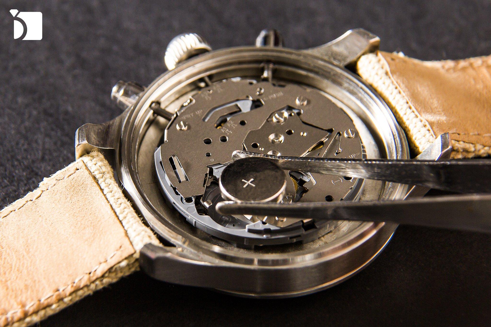 Image showcasing quartz watch movement replacement